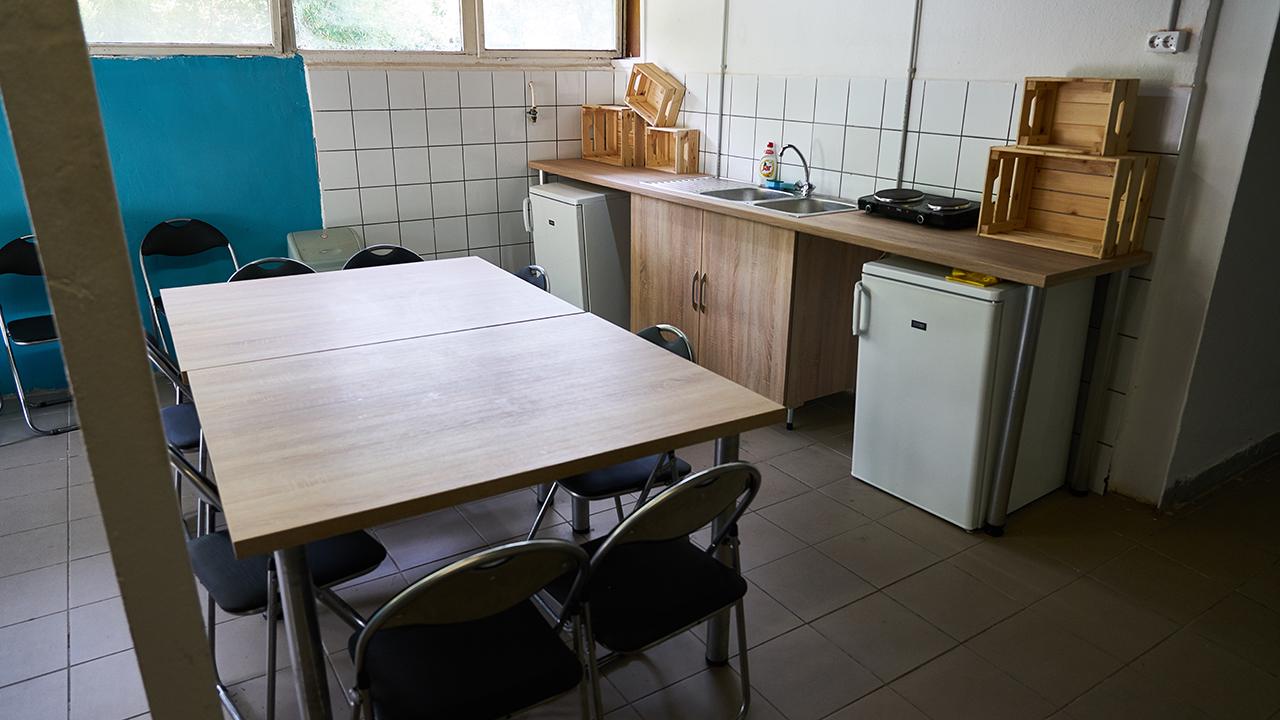 Velence hostel konyha